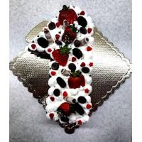 کیک 1 کیلویی با موز و مغز گردو